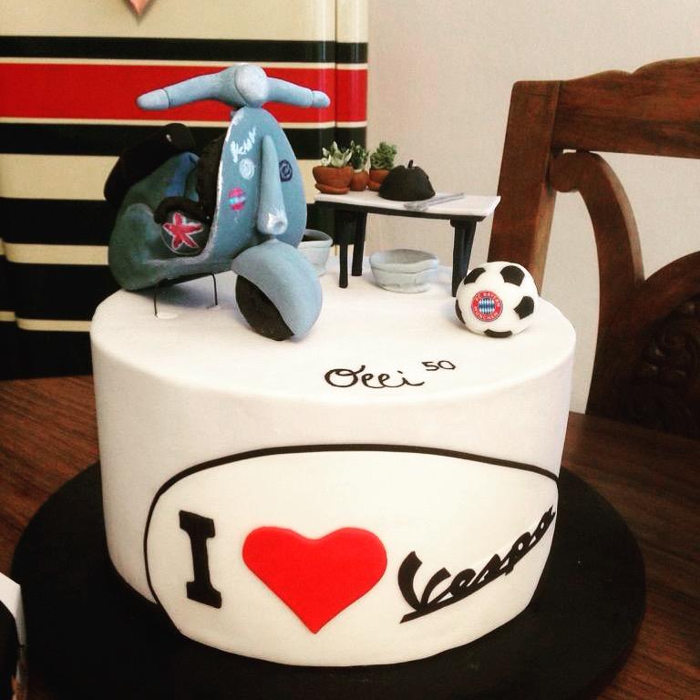 Geburtstagstorte Vespa